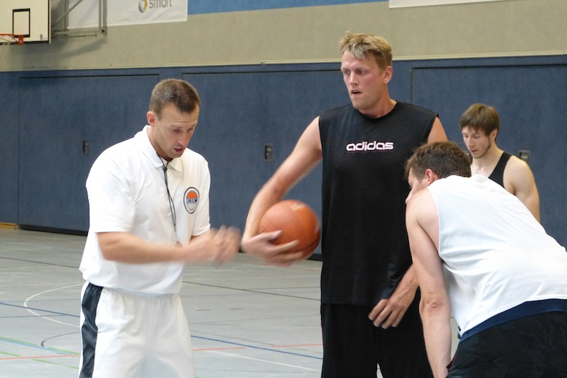 Seawolves-Coach Wild beim Training. Foto: EBC ROSTOCK